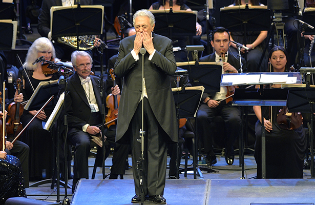 nota-espe-placido-domingo4