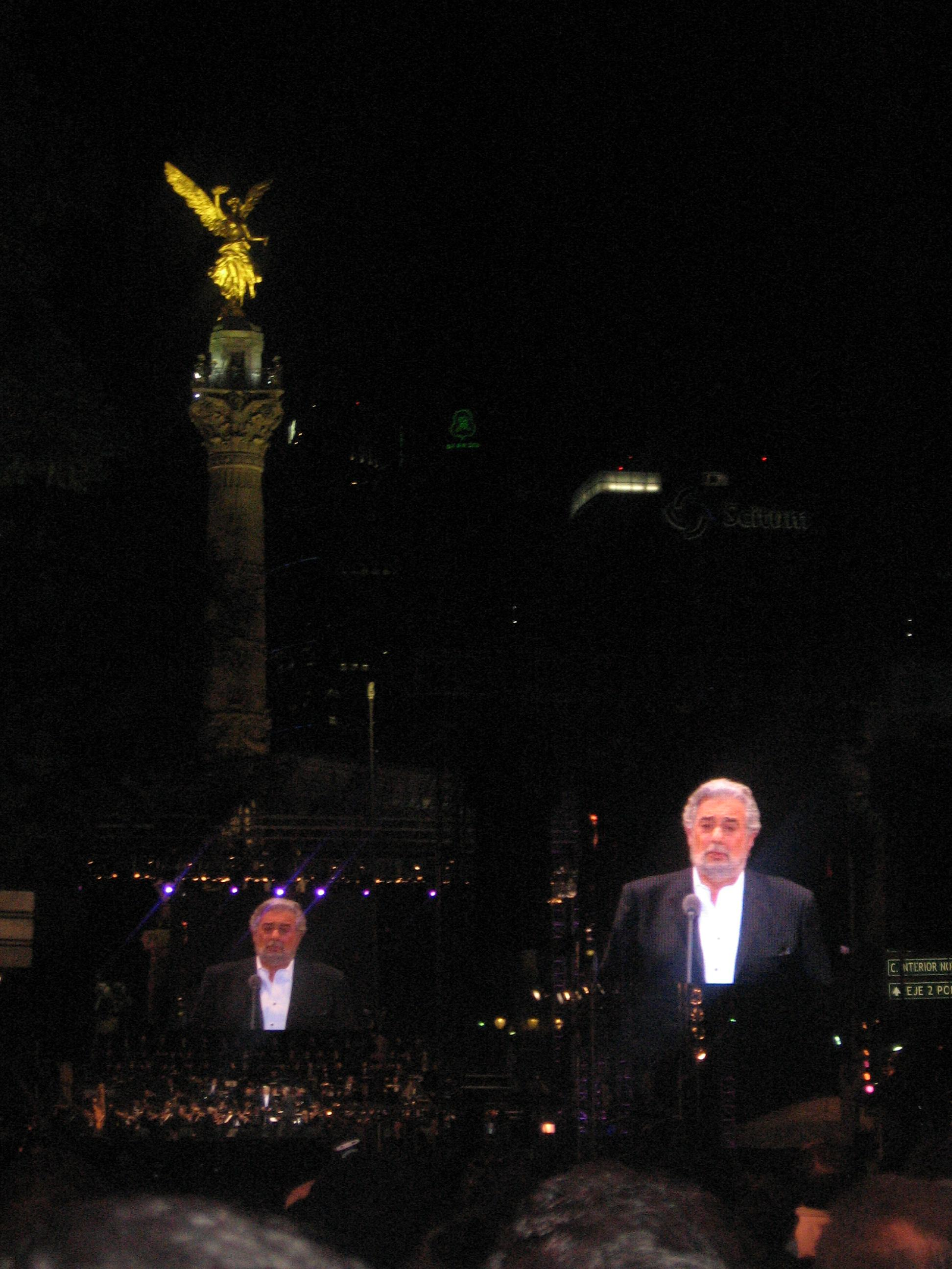 placido-domingo-en-el-angel-1